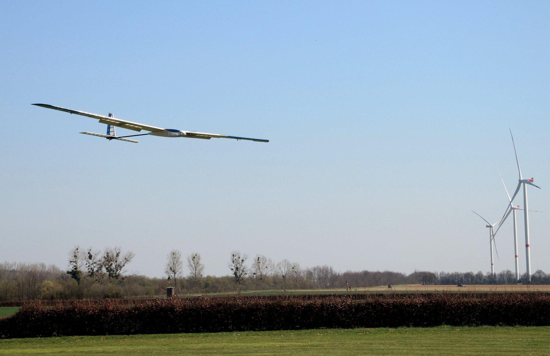 Hel-Flug 2.jpg