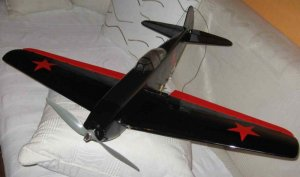 Yak-9 Sante_6.jpg