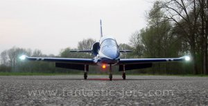 L-39-Albatros-frontal.jpg