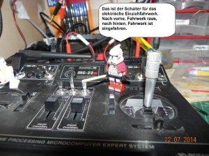 Erklärung Fahrwerkschalter.jpg