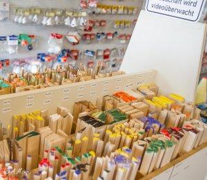 Modellbau Hersteller & Läden 1-8032.jpg
