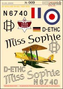 009-EM-Deko_DeHAVILLAND Tiger Moth-MISS SOPHIE-250.jpg