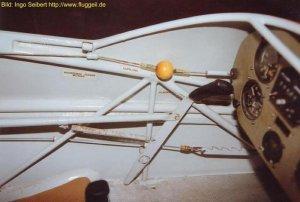 cockpit_li_vorne.JPG