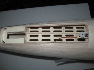 97-Bugfahrwerksöffnung.jpg