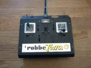 Robbe Terra Antenne 02.jpg