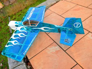 Flugzeug 8.jpg