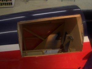 Kofferraum Deckel ausgeschnitten.JPG