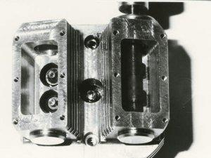ZYLK 4V B.jpg