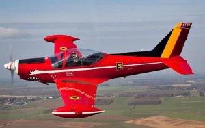 ST04 Red Devils 2012 In flight 090312 Bart Roselle IMG_8825 copy copy.jpg